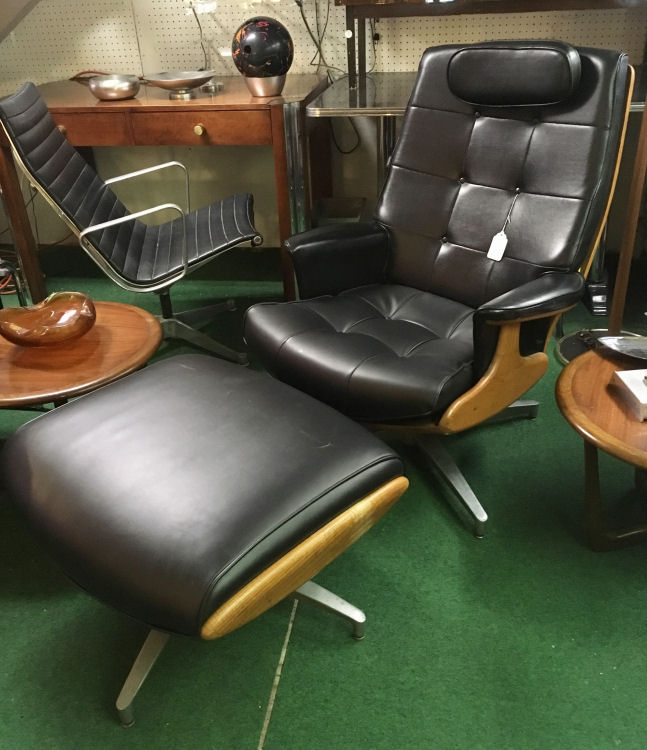 Excellent, -, Heywood Wakefield Lounge Chair and Ottoman - Heywood-Wakefield Livingroom Furniture