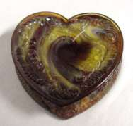 Boyd's Art Glass Heart-Shaped Powder Box