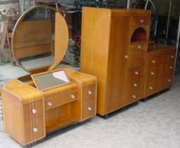 Leo Jiranek Bedroom Set
