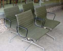 Eames Aluminum Group Chairs - Click for Larger Image