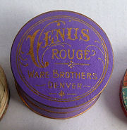 Venus Rouge Box/Compact
