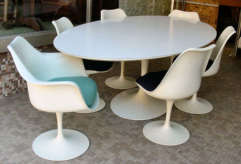 Saarinen Tulip Table and Chairs