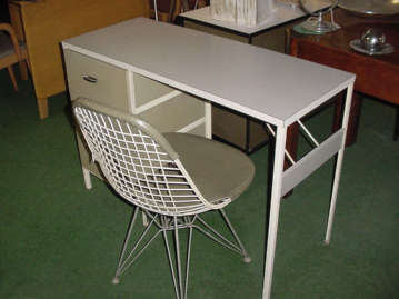 Nelson Steelframe Desk