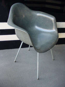 Eames Zenith Shell Chair