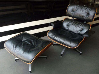 Early Version Eames 670 Lounge Chair and Ottoman