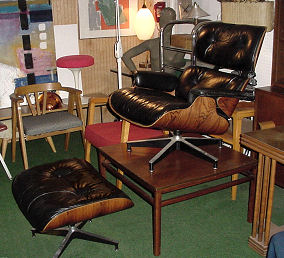Eames 670 Lounge Chair & Ottoman