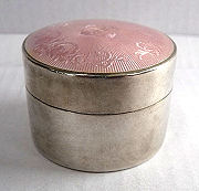 Thomae Sterling Silver Patch Box