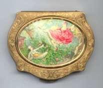 RARE Style Stratton  Figural Scenic Compact Fragonard