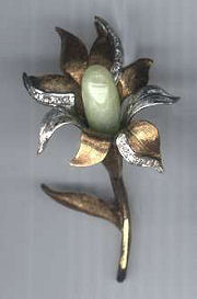 Flower Pin with Jade Center